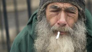 Read more about the article Novo projeto na Inglaterra doa cigarros eletrônicos para moradores de rua
